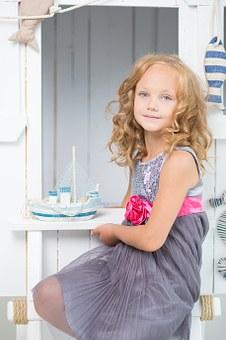 Kinder Mode Kleider Hose Hemd im MAGAZIN