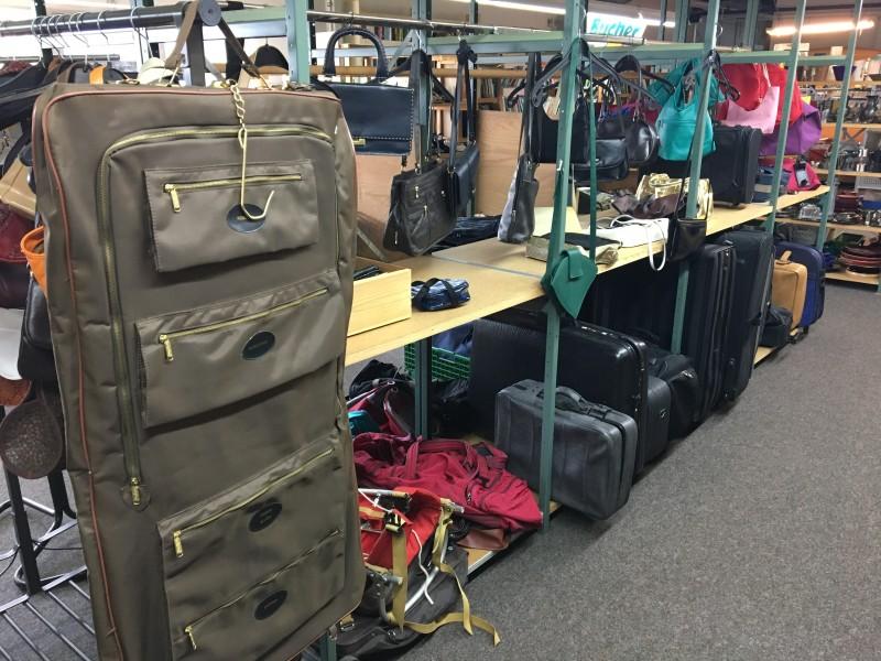 Handtasche Koffer Trolley vom MAGAZIN